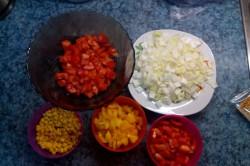 Příprava receptu Tortily plněné kuřecím masem a zeleninou, krok 2