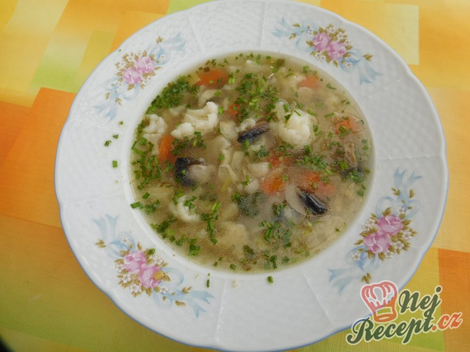 Recept Zeleninová polévka s kapáním a žampiony