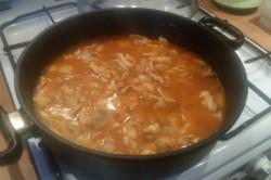 Příprava receptu Kuřecí prsa na žampionech s rýží, krok 5