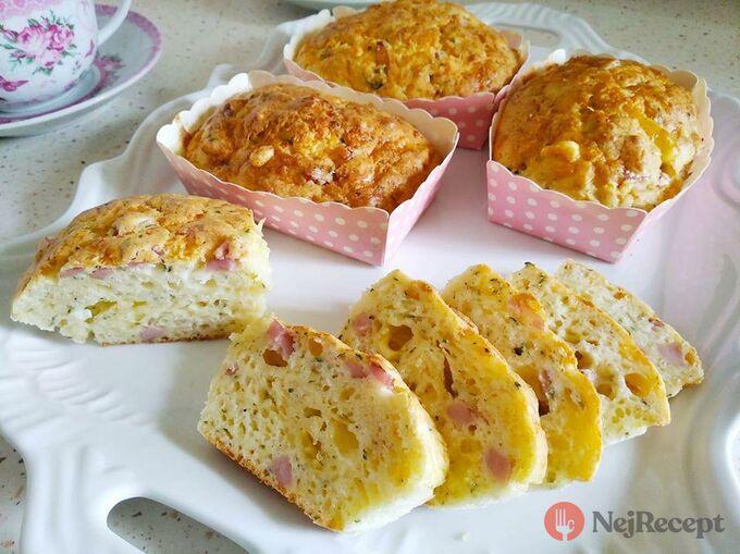 Recept MINUTKA - Sýrové buchtičky se šunkou