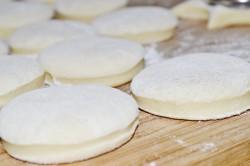Příprava receptu Masopustní koblihy, krok 3