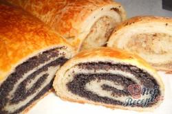 Příprava receptu Kynutý makový a ořechový závin, krok 22