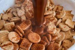 Příprava receptu Fantastické čokoládové řezy bez pečení, krok 3
