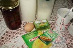 Příprava receptu Pečené buchty se švestkami, krok 1