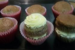 Příprava receptu Muffinky plněné vanilkovým krémem, krok 11