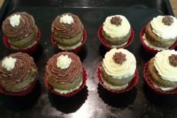 Příprava receptu Muffinky plněné vanilkovým krémem, krok 13