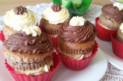 Příprava receptu Muffinky plněné vanilkovým krémem, krok 15