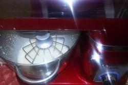 Příprava receptu Muffinky plněné vanilkovým krémem, krok 3