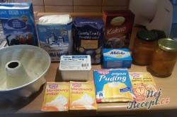 Příprava receptu Tvarohová bábovka s meruňkami, krok 1
