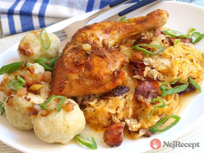 Recept Kuře na zelí a chlupatý knedlík