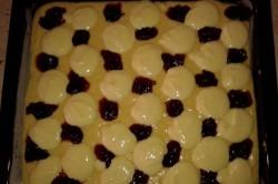 Příprava receptu Propadáváný koláč s povidly a tvarohem, krok 1
