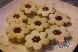 Příprava receptu Vánoční pečivo plněné marmeládou, krok 4