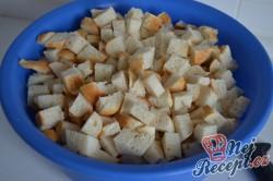 Příprava receptu Karlovarský knedlík k omáčkám, krok 1