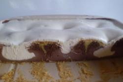 Příprava receptu Fantastický propadáváný koláč s pudinkem a zakysanou smetanou, krok 5