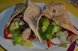 Příprava receptu Domácí tortila s kuřecím masíčkem a zeleninou, krok 4