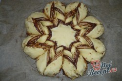 Příprava receptu Vánoční hvězda s nutelou FOTOPOSTUP, krok 7
