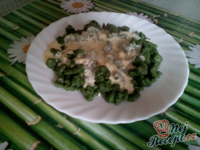 Recept Špenátové halušky se sýrovou omáčkou