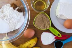 Příprava receptu Poctivá banánová bábovka s náplní, krok 1