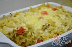 Příprava receptu Zapečené těstoviny s tuňákem, pestem a rajčaty, krok 5
