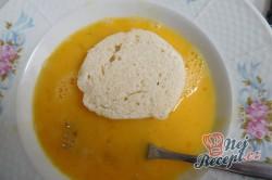 Příprava receptu Knedlík ve vajíčku, krok 1