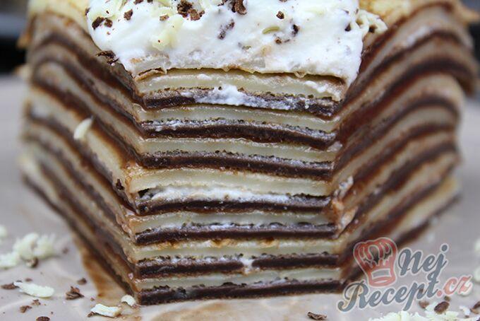 Recept Dvoubarevný palačinkový dortík s nutellou a šľehačkou