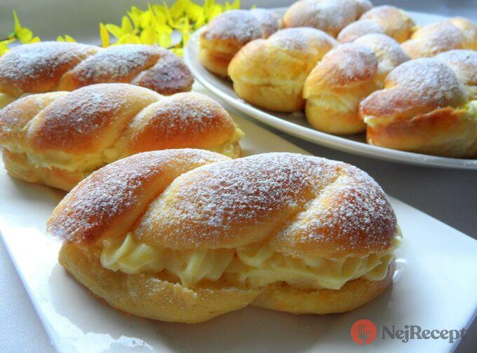 Recept Nesmrtelné pudinkáče s vanilkovým krémem