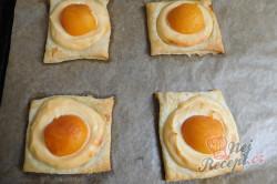 Příprava receptu Meruňkové čtverce s tvarohem, krok 5