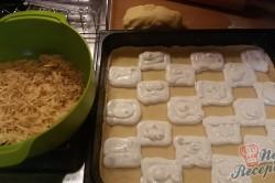 Příprava receptu Mřížkový jablečný koláček s tvarohem FOTOPOSTUP, krok 5