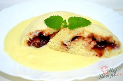 Příprava receptu Kynuté povidlové knedlíky s vanilkovou omáčkou, krok 6