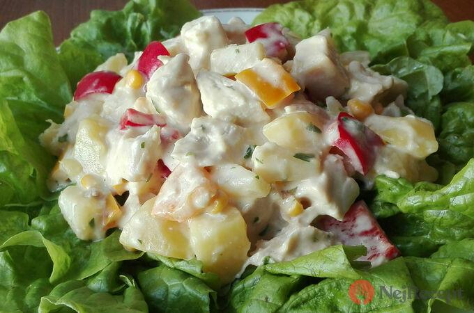 Recept Zeleninový salát s kuřecím masem a ananasem