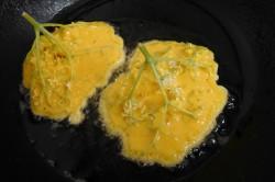 Příprava receptu Kosmatice - smažené květy černého bezu, krok 3