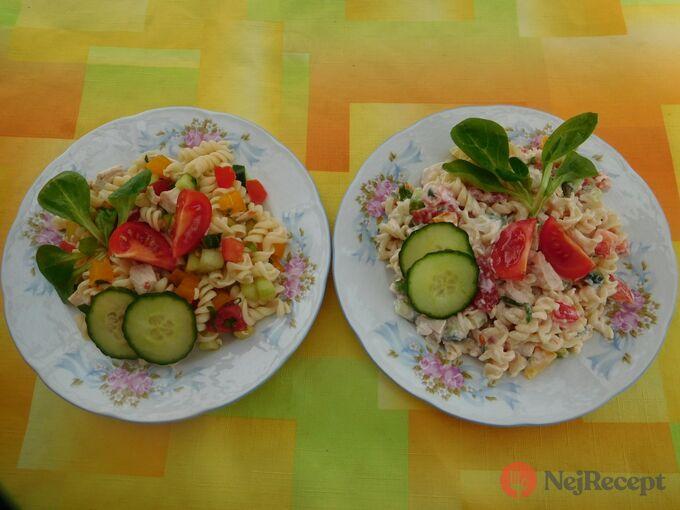 Recept Těstovinový salát s medvědím česnekem