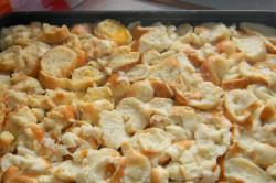 Příprava receptu Jablečno-skořicová žemlovka, krok 2