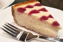 Příprava receptu Srdíčkový cheesecake z bílé čokolády a malin, krok 8