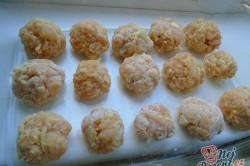 Příprava receptu Kuřecí kuličky ve smetanové omáčce, krok 2
